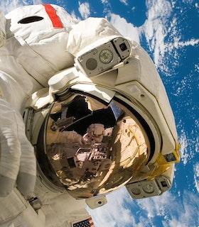 Astronaut/-in