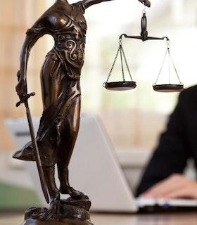 Rechtsanwaltsfachangestellte/-r