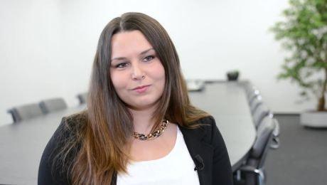 Adriane Knauer