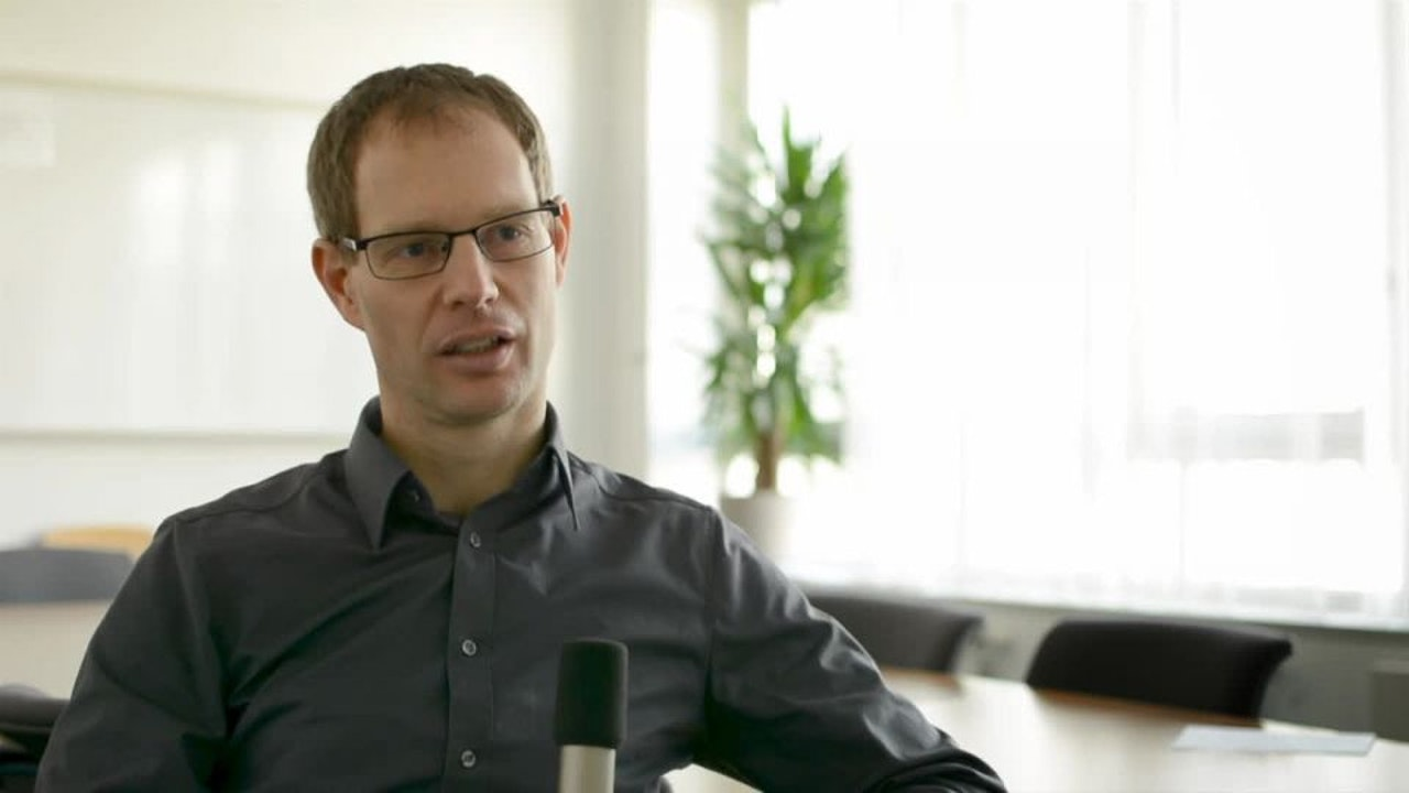bernhard gotthardt teamleiter portfoliomanagement im. Black Bedroom Furniture Sets. Home Design Ideas