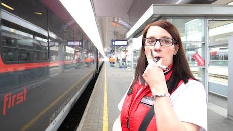 Ein Tag mit Melissa Bunzel, Zugbegleiterin